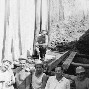 Historisches Foto Bauarbeiter Baustelle 1972